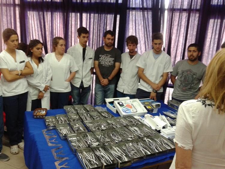 La Secretaría de Bienestar Estudiantil colabora con Instrumental Odontológico