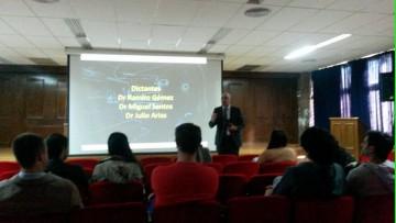 ODONTOLOGIA inicia su oferta de POSTGRADO 2015
