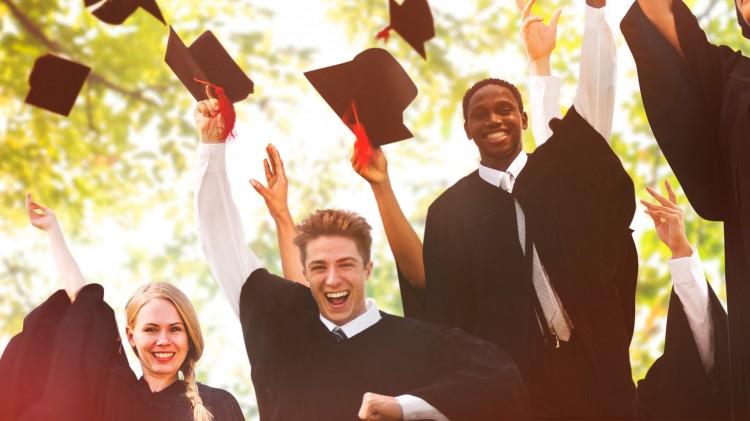 Estudiantes recibirán sus diplomas en la Colación de Grado y Posgrado de la FO