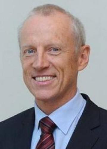"""""""Vías Convencionales y Digitales para reconstrucciones sobre implantes y dientes""""  Dr. Christoph HAMMERLE"""