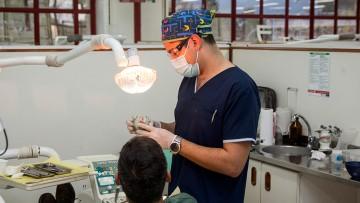 Alumnos de 5to comenzarán sus Prácticas Profesionales brindando atención odontológica a la Comunidad