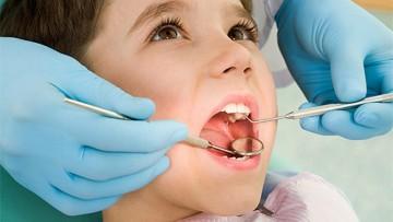 Presentación de trabajos finales: Especialización en Odontología para niños y adolescentes