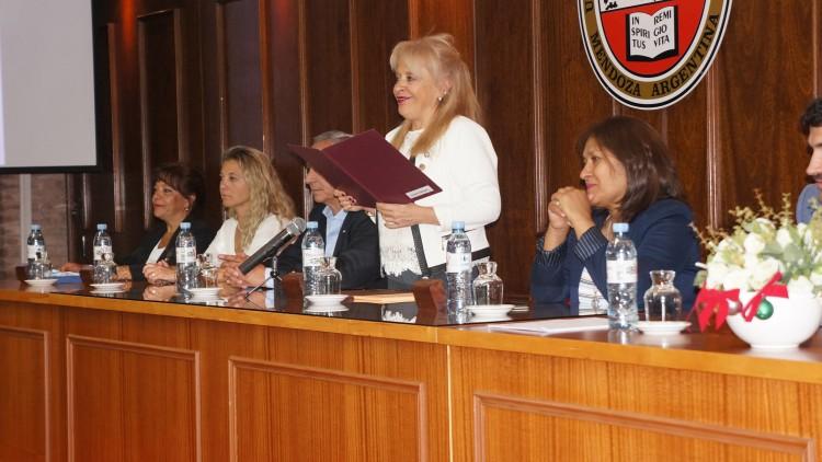 """Se llevó a cabo el último Juramento del año, con reconocimiento a Egresados """"94"""